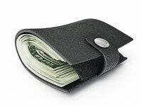 כסף בארנק שהגיע דרך הלוואה